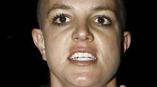 britney spears insane face shot