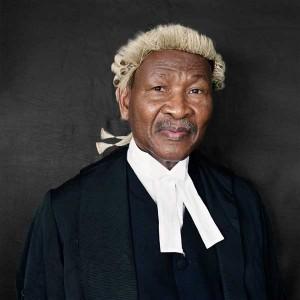 lawyer wearing wig